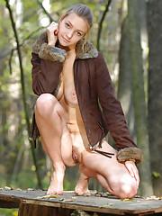 Filles britanniques nues gratuites